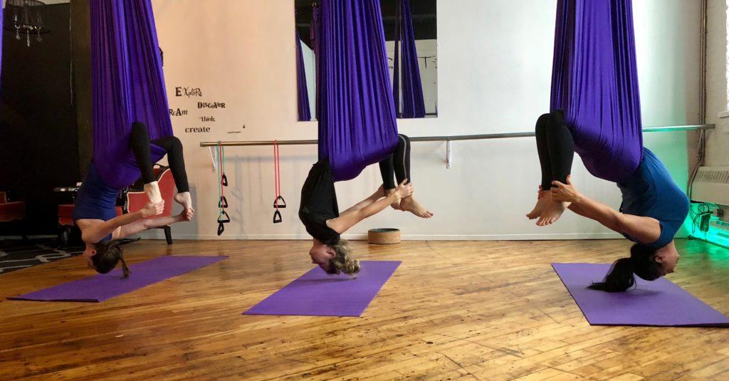 Yoga fitness aérien