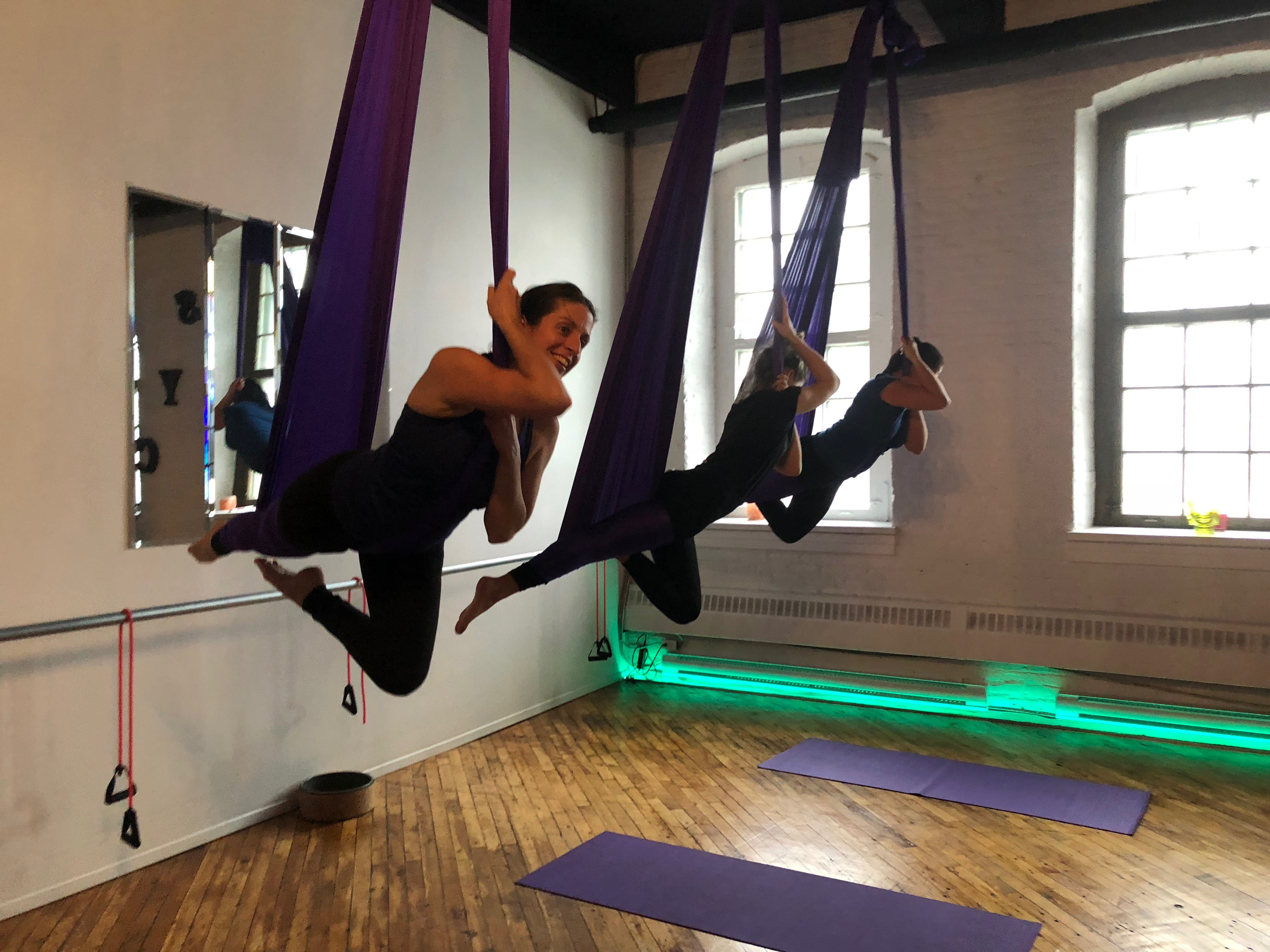 yoga fitness aerien